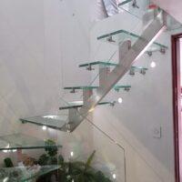 escaleras-en-vidrio-16